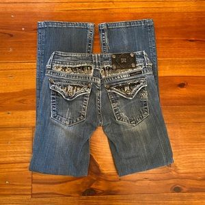 Miss Me 'Boot' Jeans Sz 26 Factory Distressed